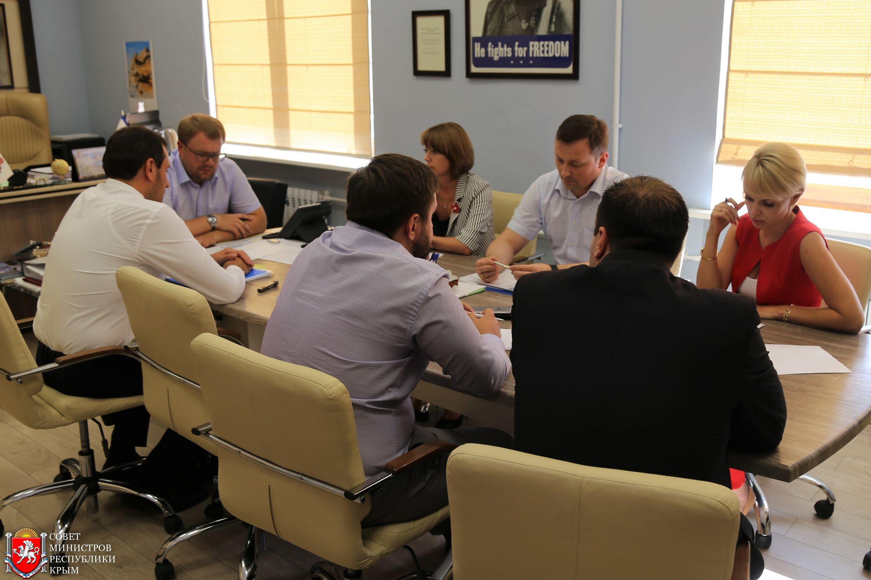 Дмитрий Полонский: Представители бизнес-сообщества в оперативном порядке могут получать госуслуги в центрах «Мои документы»